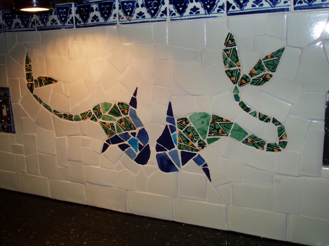 Kissing fishes in Taisie's kitchen - inspired by Gaudi and Jujol